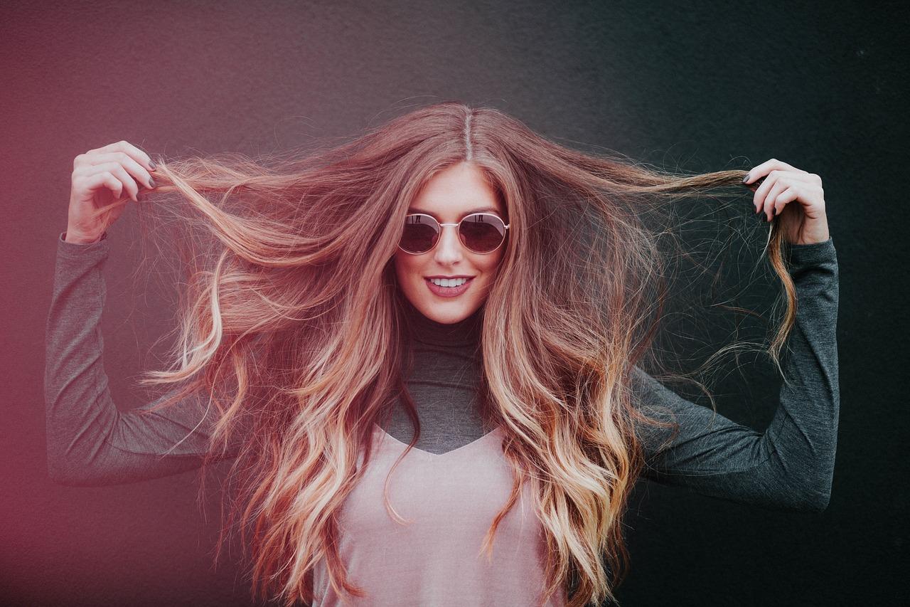 ヘアアイロンで髪の毛が痛む温度